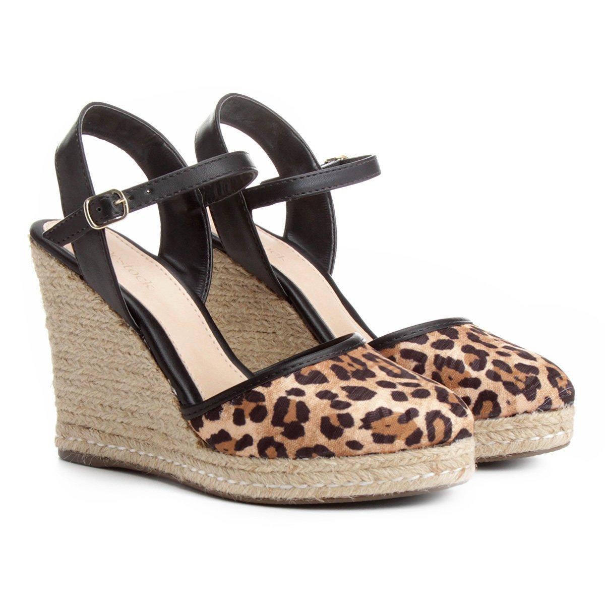 2a7b66c2c Sandália Plataforma Shoestock Fechada Feminina   Shoestock