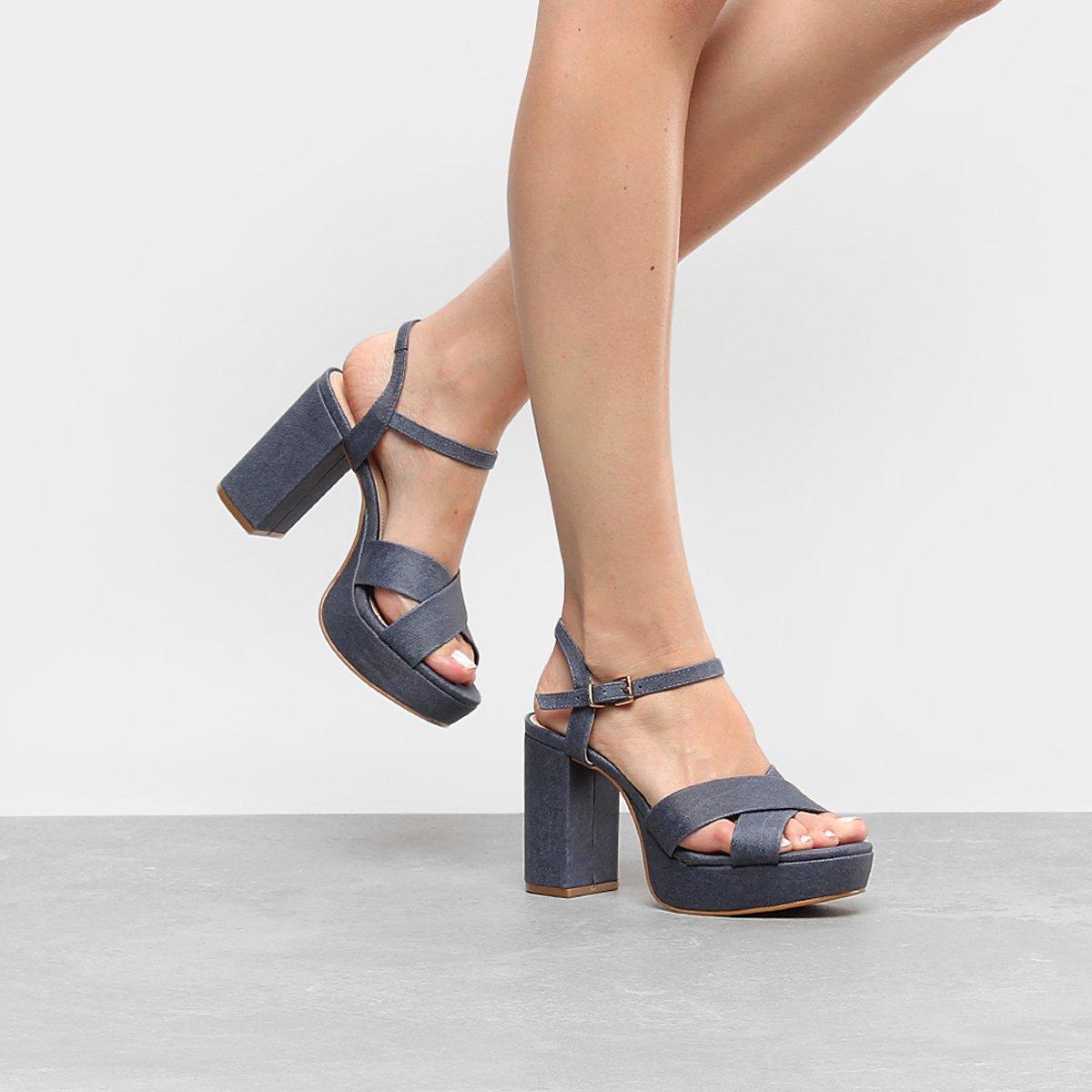 cbda7bb924 Sandália Shoestock Meia Pata Tiras Cruzadas Feminina - Compre Agora ...