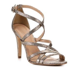 Sandália Shoestock Salto Fino Metalizada Tiras Feminina