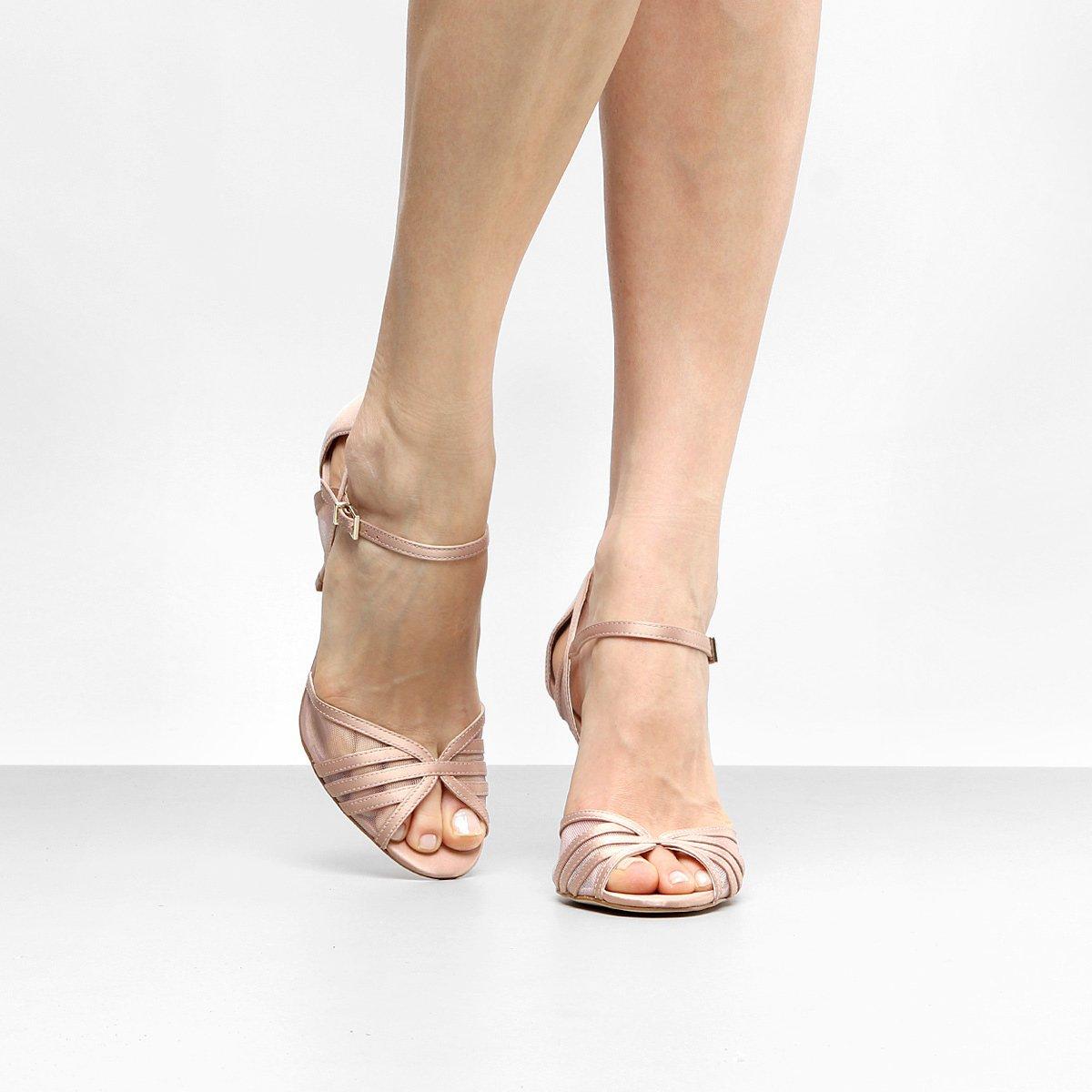 c0bb79d765 Sandália Shoestock Salto Fino Transparente Feminina