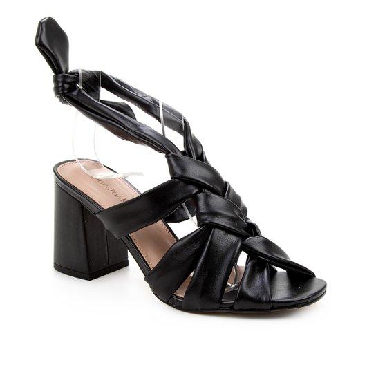 Sandália Shoestock Tiras Trançadas Feminina - Preto