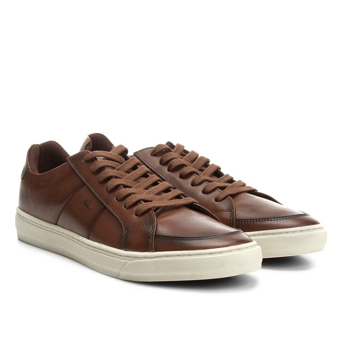 3b24c59218 Sapatênis Couro Shoestock Recorte Lateral Masculino - Compre Agora ...
