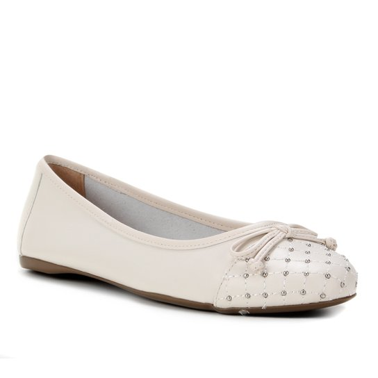 Sapatilha Couro Shoestock Cravos Metal Feminina - Off White