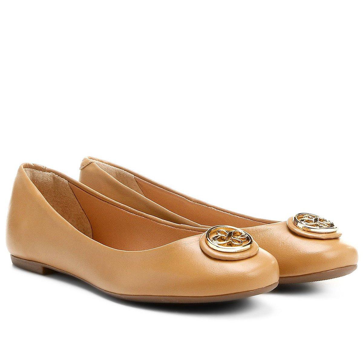 77317fda54 Sapatilha Couro Shoestock Medalha Feminina - Compre Agora