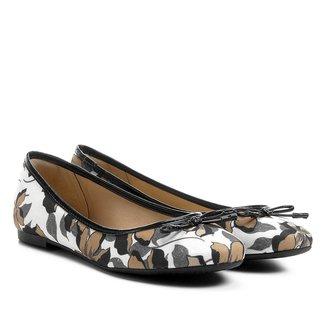Sapatilha Shoestock Bico Redondo Hibisco Feminina