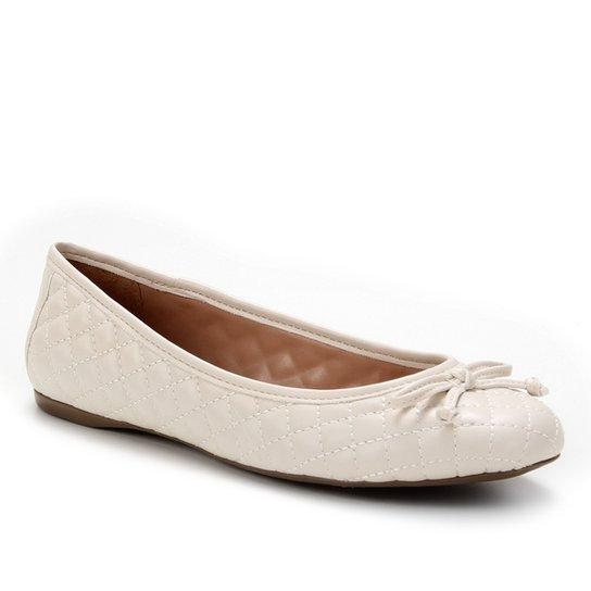 Sapatilha Shoestock Clássica Matelassê Feminina - Off White