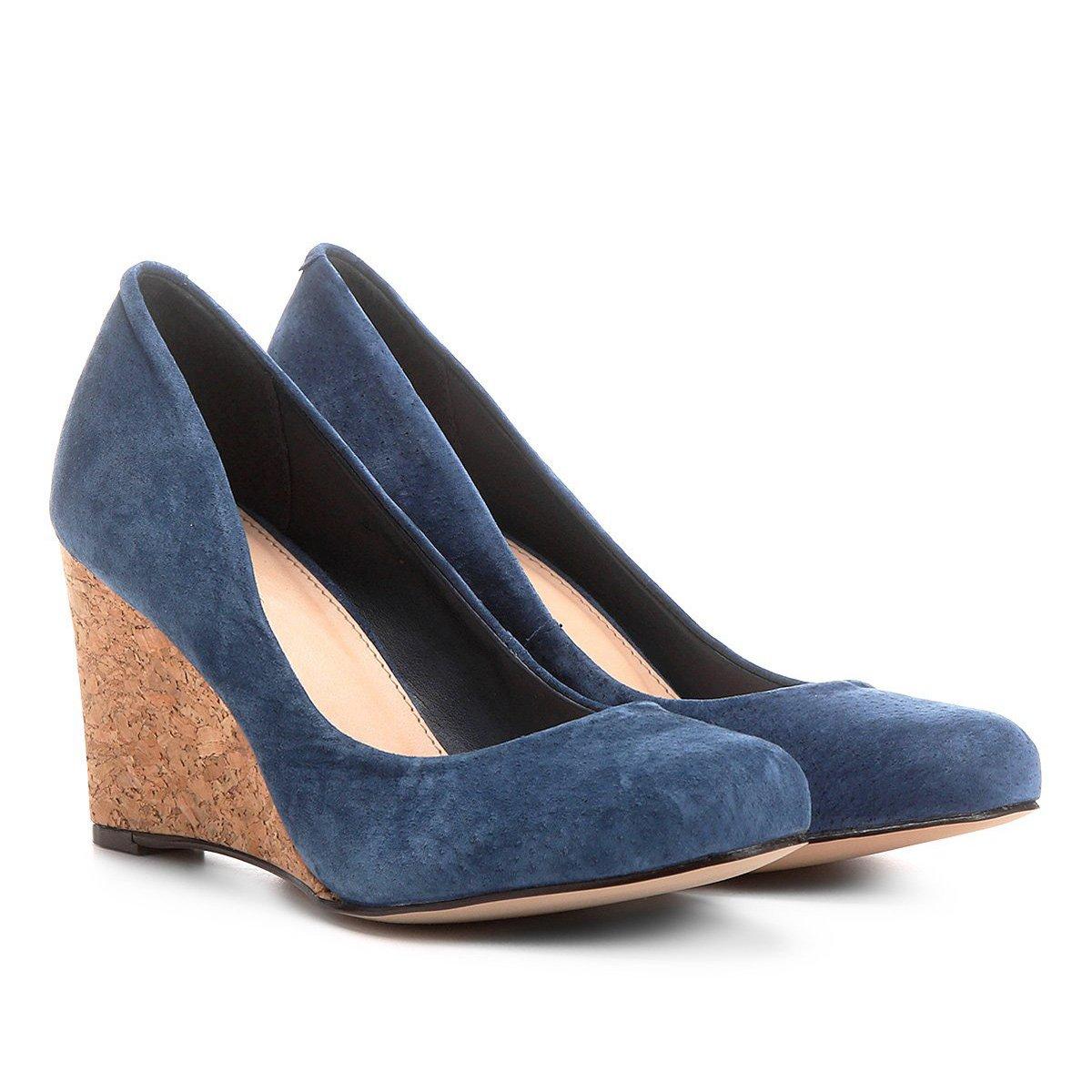 0d93d25962 Scarpin Couro Shoestock Anabela Bico Amendoado - Azul