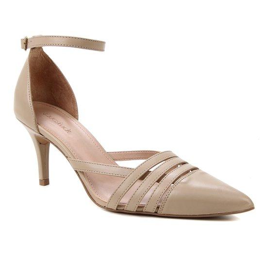 Scarpin Couro Shoestock Bico Fino Tiras E Pulseira - Cáqui