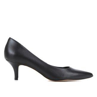Scarpin Couro Shoestock Cris Bico Fino Salto Baixo