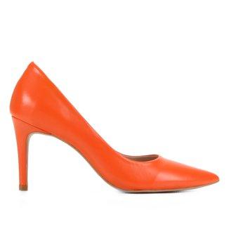 Scarpin Couro Shoestock Graciela Bico Fino Salto Alto