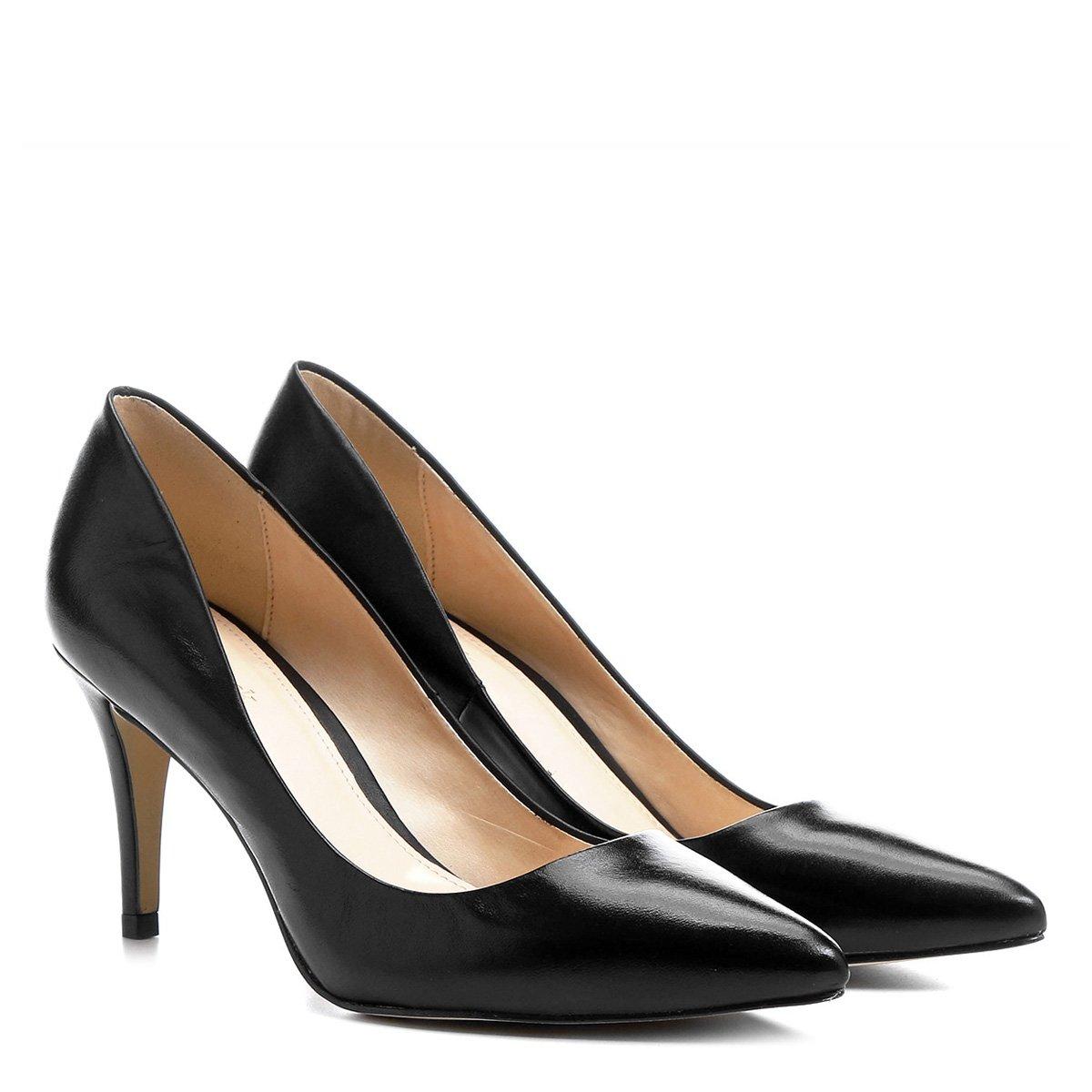 6827ae526a Scarpin Couro Shoestock Salto Médio Bico Fino - Preto