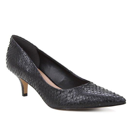 Scarpin Couro Shoestock Salto Médio Cobra - Preto