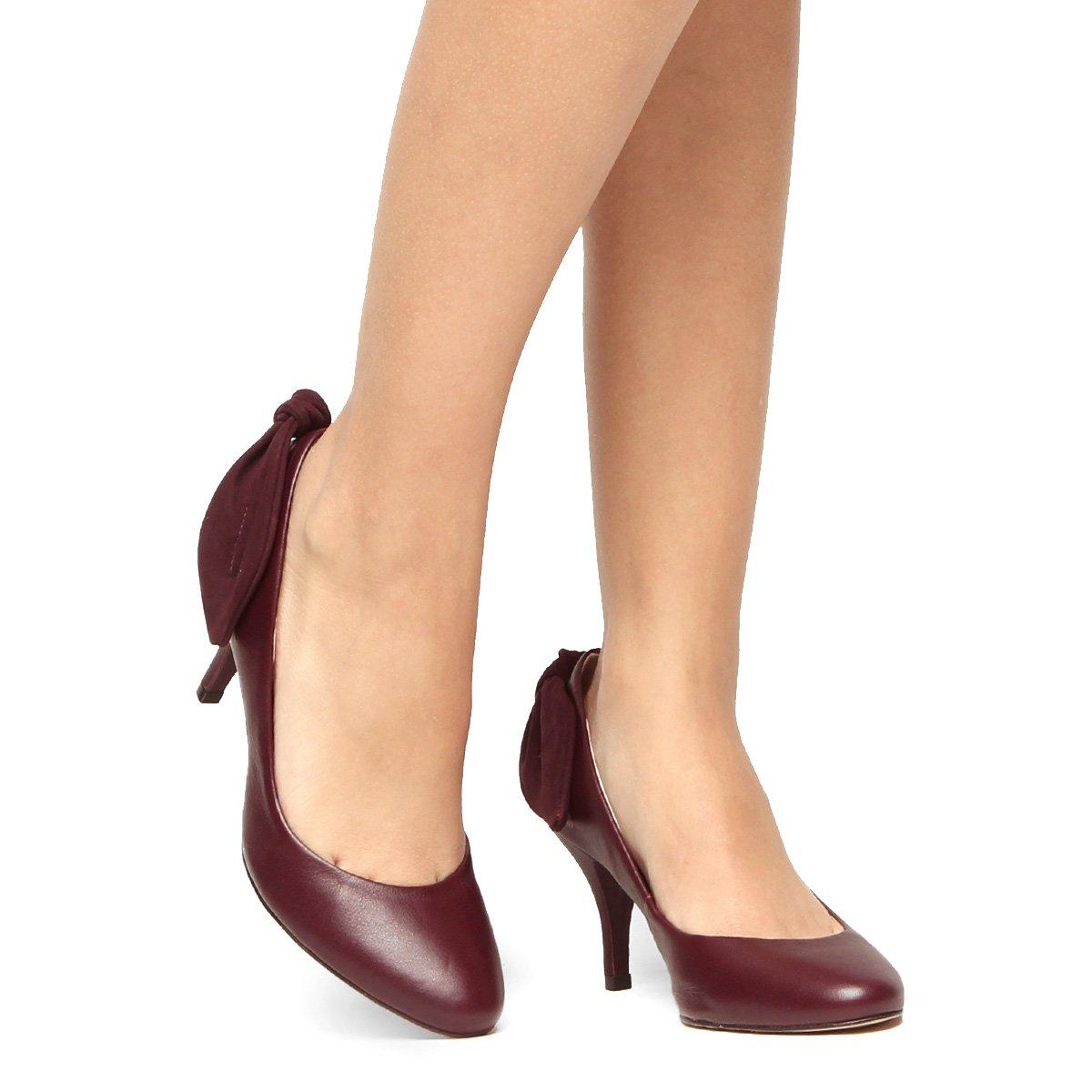 c2df2d1835 Scarpin Couro Shoestock Salto Médio - Compre Agora