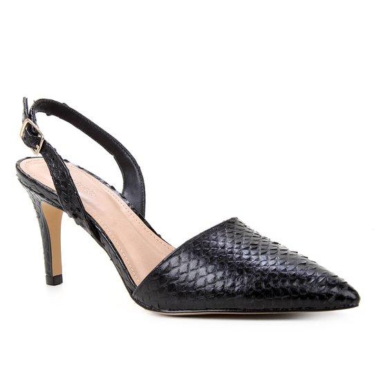 Scarpin Couro Shoestock Slingback Cobra Salto Médio - Preto