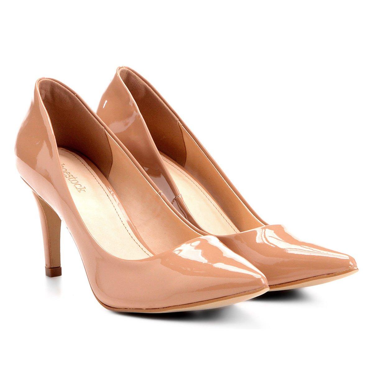 6ae8f0872e Scarpin Shoestock Salto Médio Bico Fino Verniz