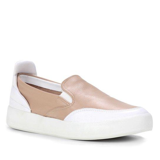 Slip On Couro Shoestock Comfy Feminino - Nude