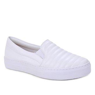 Slip On Couro Shoestock Costuras Feminino
