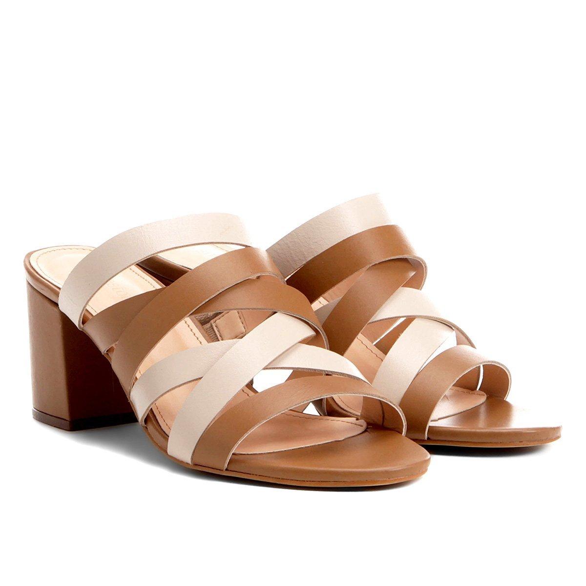 7e8d7f54ea Tamanco Couro Shoestock Salto Grosso Tiras Feminino - Bege - Compre Agora